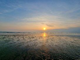 Sea View - North Wales - 1066753 - thumbnail photo 35