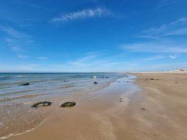 Sea View - North Wales - 1066753 - thumbnail photo 41