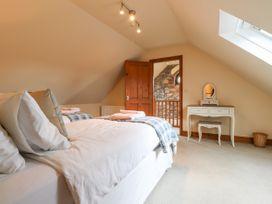 Barcud Cottage -  - 1066784 - thumbnail photo 11