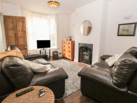 162 Filey Road - Whitby & North Yorkshire - 1066815 - thumbnail photo 2