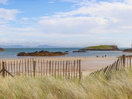 Glan Towyn - Anglesey - 1066882 - thumbnail photo 50