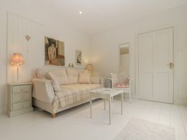 Baytree Studio Apartment - Somerset & Wiltshire - 1067012 - thumbnail photo 8