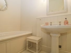 Baytree Studio Apartment - Somerset & Wiltshire - 1067012 - thumbnail photo 20