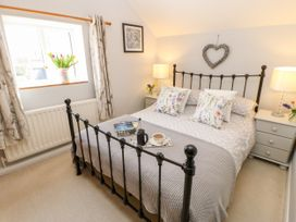 Wren Cottage - Whitby & North Yorkshire - 1067170 - thumbnail photo 17