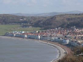 27 Lon Ffawydd - North Wales - 1067193 - thumbnail photo 20