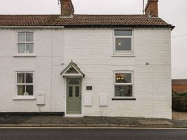 Hilltop Cottage - North Yorkshire (incl. Whitby) - 1067202 - thumbnail photo 23