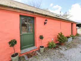 Blueberry Cottage - South Wales - 1067239 - thumbnail photo 2