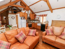 Blueberry Cottage - South Wales - 1067239 - thumbnail photo 9