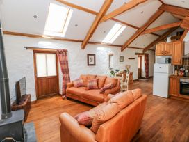 Blueberry Cottage - South Wales - 1067239 - thumbnail photo 10