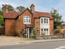 Oakapple Cottage - South Coast England - 1067240 - thumbnail photo 1