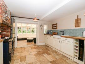 Oakapple Cottage - South Coast England - 1067240 - thumbnail photo 12