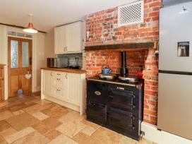 Oakapple Cottage - South Coast England - 1067240 - thumbnail photo 13