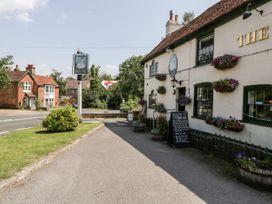 Oakapple Cottage - South Coast England - 1067240 - thumbnail photo 39