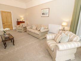 1 Tyn Y Caeau Apartment - North Wales - 1067311 - thumbnail photo 6