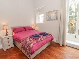 1 Tyn Y Caeau Apartment - North Wales - 1067311 - thumbnail photo 12