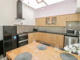 2 Treborth Mews - North Wales - 1067323 - thumbnail photo 7