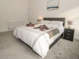 2 Treborth Mews - North Wales - 1067323 - thumbnail photo 14
