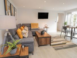 The Apartment at Solley Farm House - Kent & Sussex - 1067430 - thumbnail photo 4