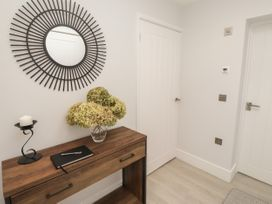The Apartment at Solley Farm House - Kent & Sussex - 1067430 - thumbnail photo 9