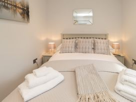 The Apartment at Solley Farm House - Kent & Sussex - 1067430 - thumbnail photo 13