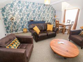 Medical Hall - Anglesey - 1067497 - thumbnail photo 2
