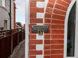 Beirnfels - North Wales - 1067551 - thumbnail photo 2