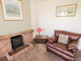Manor Farm Cottage - Cotswolds - 1067694 - thumbnail photo 4