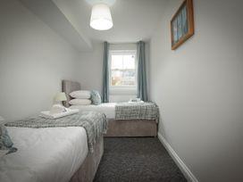Basement Apartment - Cotswolds - 1067986 - thumbnail photo 21