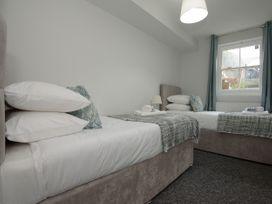 Basement Apartment - Cotswolds - 1067986 - thumbnail photo 22