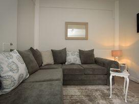 Basement Apartment - Cotswolds - 1067986 - thumbnail photo 3
