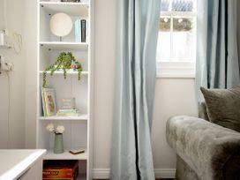 Basement Apartment - Cotswolds - 1067986 - thumbnail photo 5