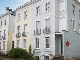 3 bedroom Cottage for rent in Cheltenham