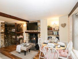 Corner Cottage - Somerset & Wiltshire - 1068093 - thumbnail photo 4