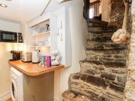 Corner Cottage - Somerset & Wiltshire - 1068093 - thumbnail photo 10