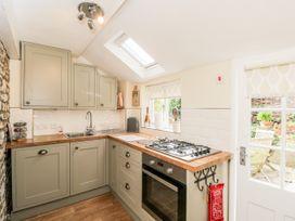 Corner Cottage - Somerset & Wiltshire - 1068093 - thumbnail photo 14