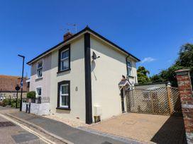 2 bedroom Cottage for rent in Shanklin