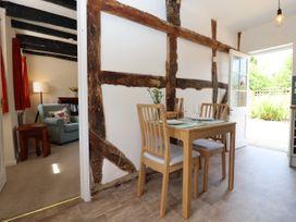 Mortons Cottage - Cotswolds - 1068156 - thumbnail photo 13