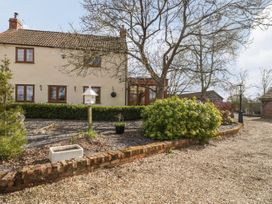 Thorneybees House - Somerset & Wiltshire - 1068263 - thumbnail photo 1