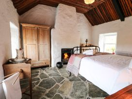 Big Hill Cottage - County Donegal - 1068419 - thumbnail photo 9