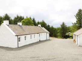 Big Hill Cottage - County Donegal - 1068419 - thumbnail photo 17