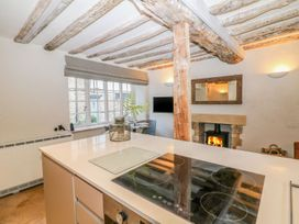 3 George Yard - Cotswolds - 1068448 - thumbnail photo 10