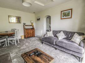 Chestnut Cottage - Whitby & North Yorkshire - 1068539 - thumbnail photo 3