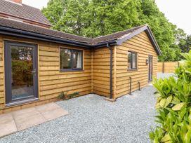 Primrose Lodge - Shropshire - 1068540 - thumbnail photo 2