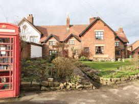 Hobson's Cottage - Peak District - 1068649 - thumbnail photo 2