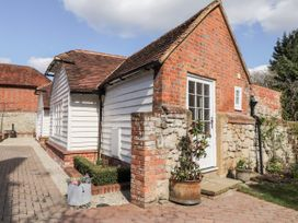 Oast Cottage - Kent & Sussex - 1068731 - thumbnail photo 5