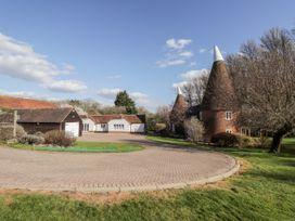 Oast Cottage - Kent & Sussex - 1068731 - thumbnail photo 20