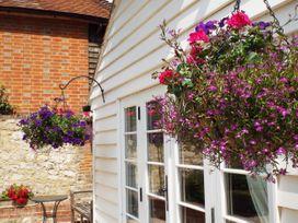 Oast Cottage - Kent & Sussex - 1068731 - thumbnail photo 22