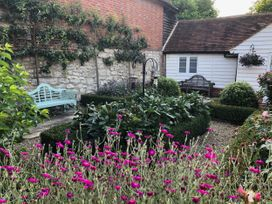Oast Cottage - Kent & Sussex - 1068731 - thumbnail photo 27