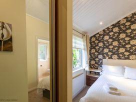 Windermere View Lodge - Lake District - 1068806 - thumbnail photo 6