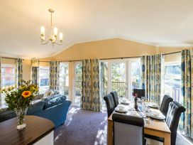 Forest Pines Lodge - Lake District - 1068844 - thumbnail photo 7